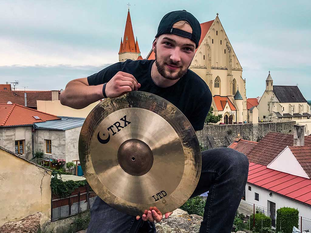 """""""It's exactly the sound I've been looking for all my life,"""" says David Nevěčný, drummer of the band Poetika, about TRX"""""""